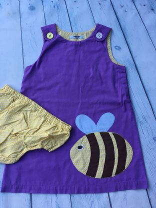 Mini Boden lilac applique bee dress with matching nappy cover age 2-3